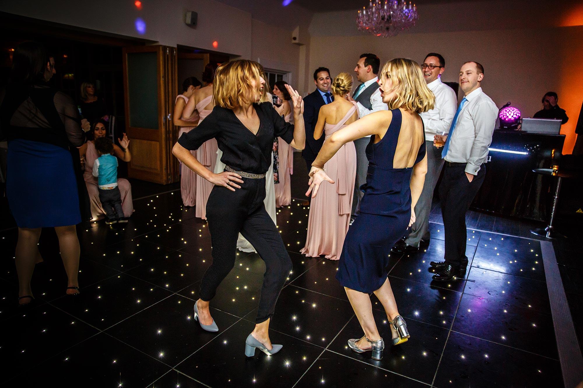 wedding dancing single ladies