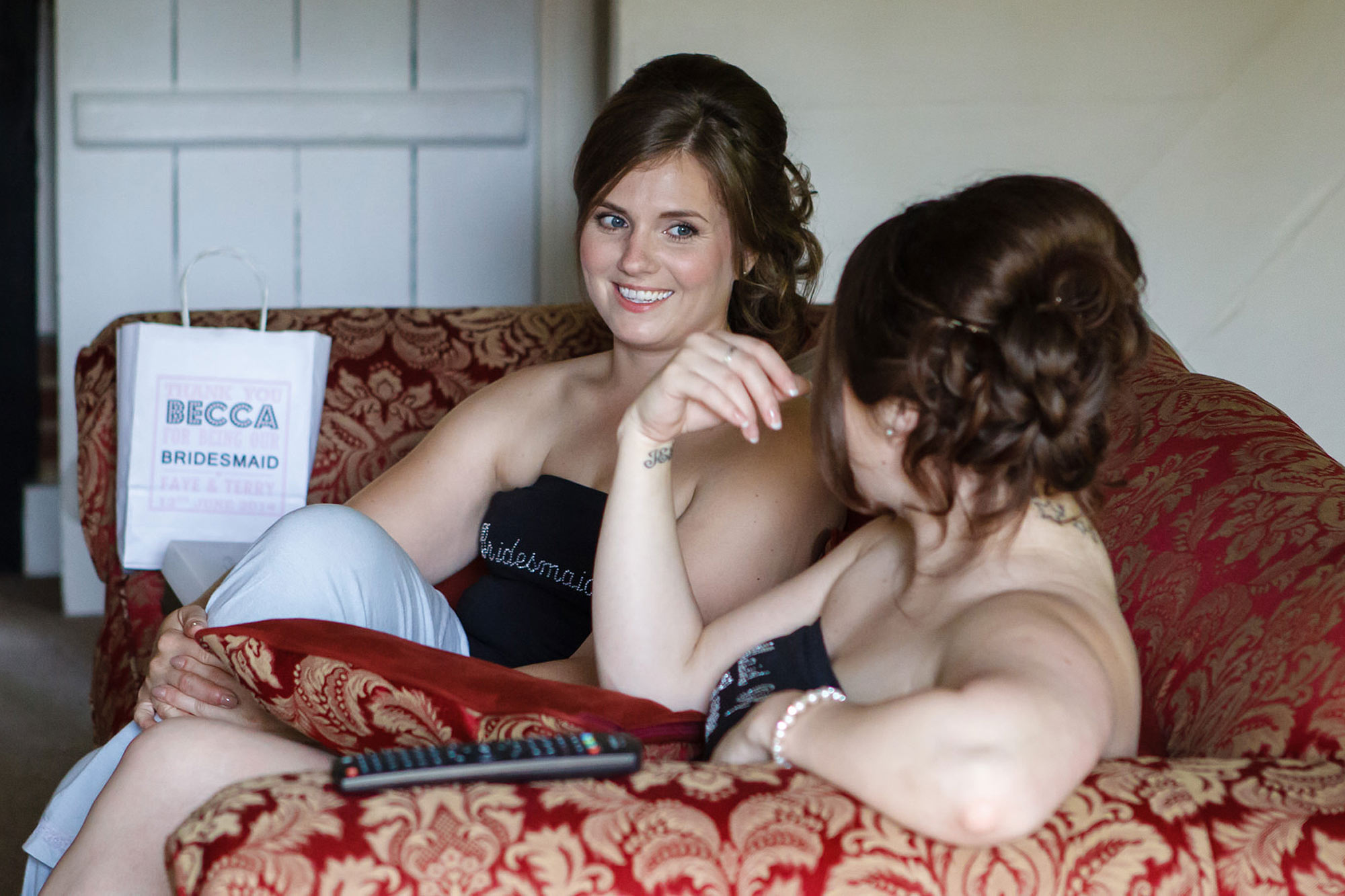 bridesmaids getting ready at leez priory