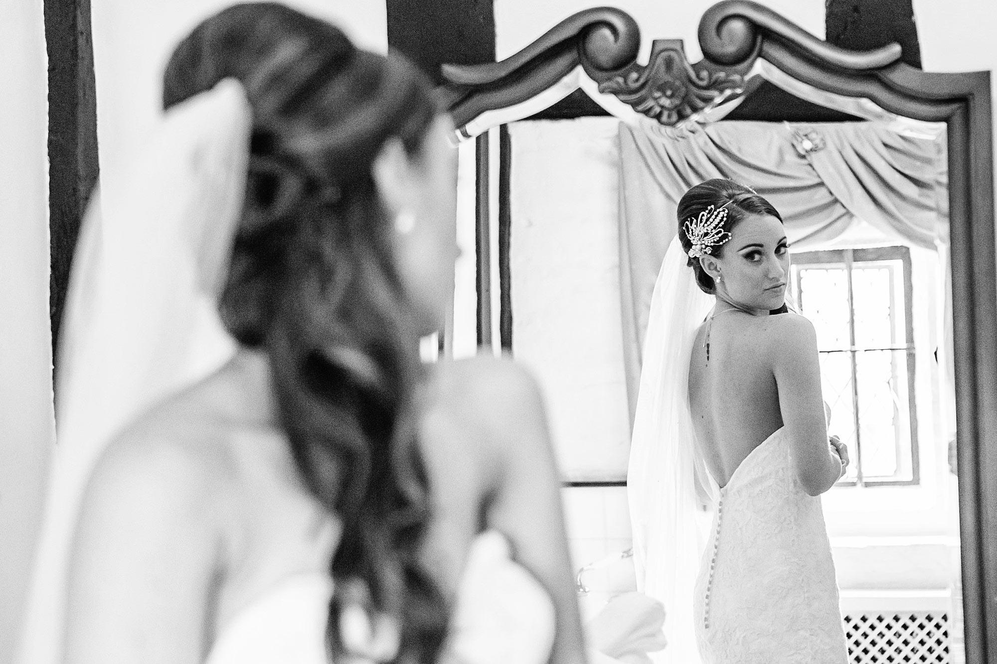 Leez Priory documentary Wedding photographer