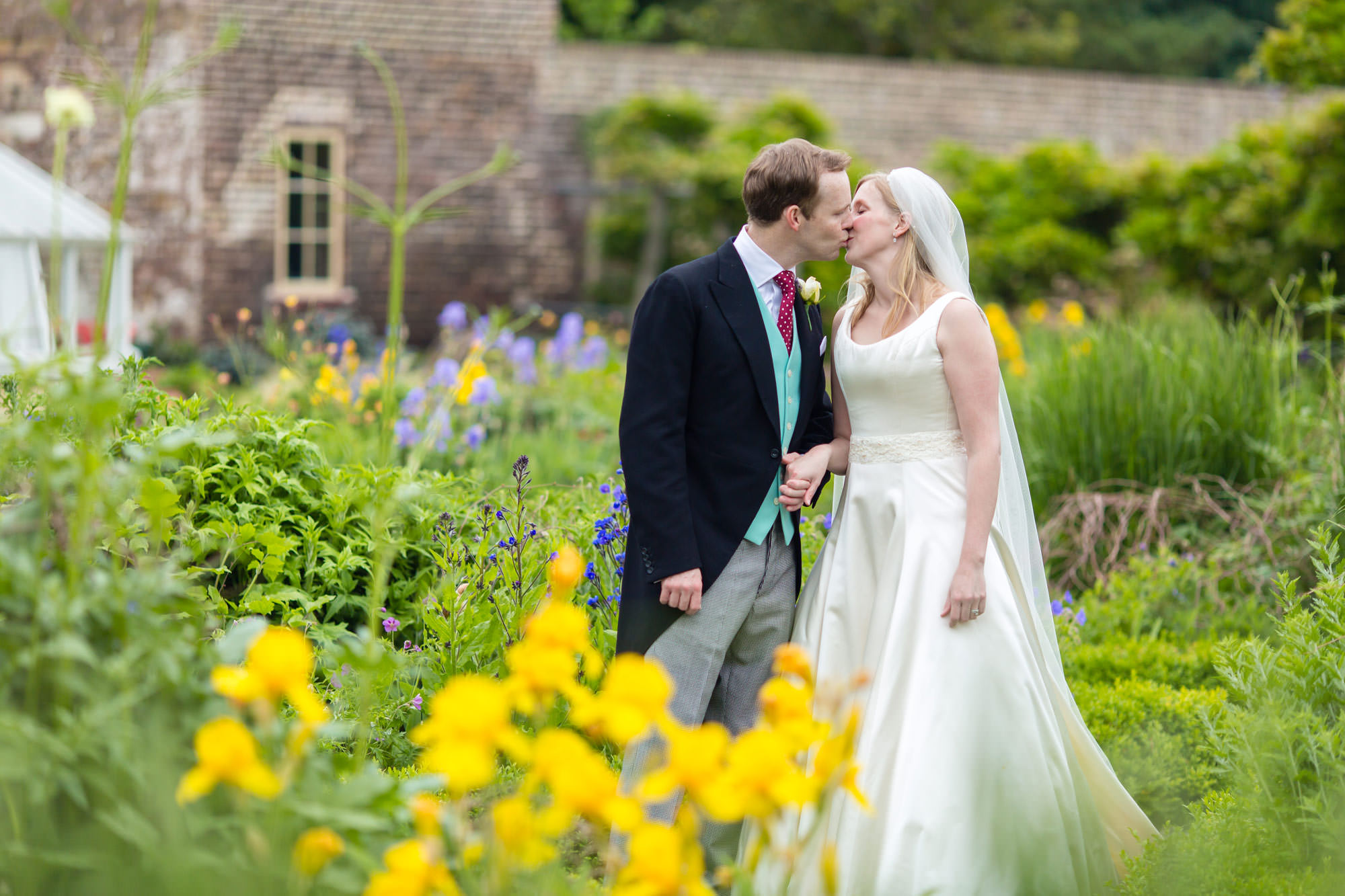 the couple kissing at Fulham Palace Wedding
