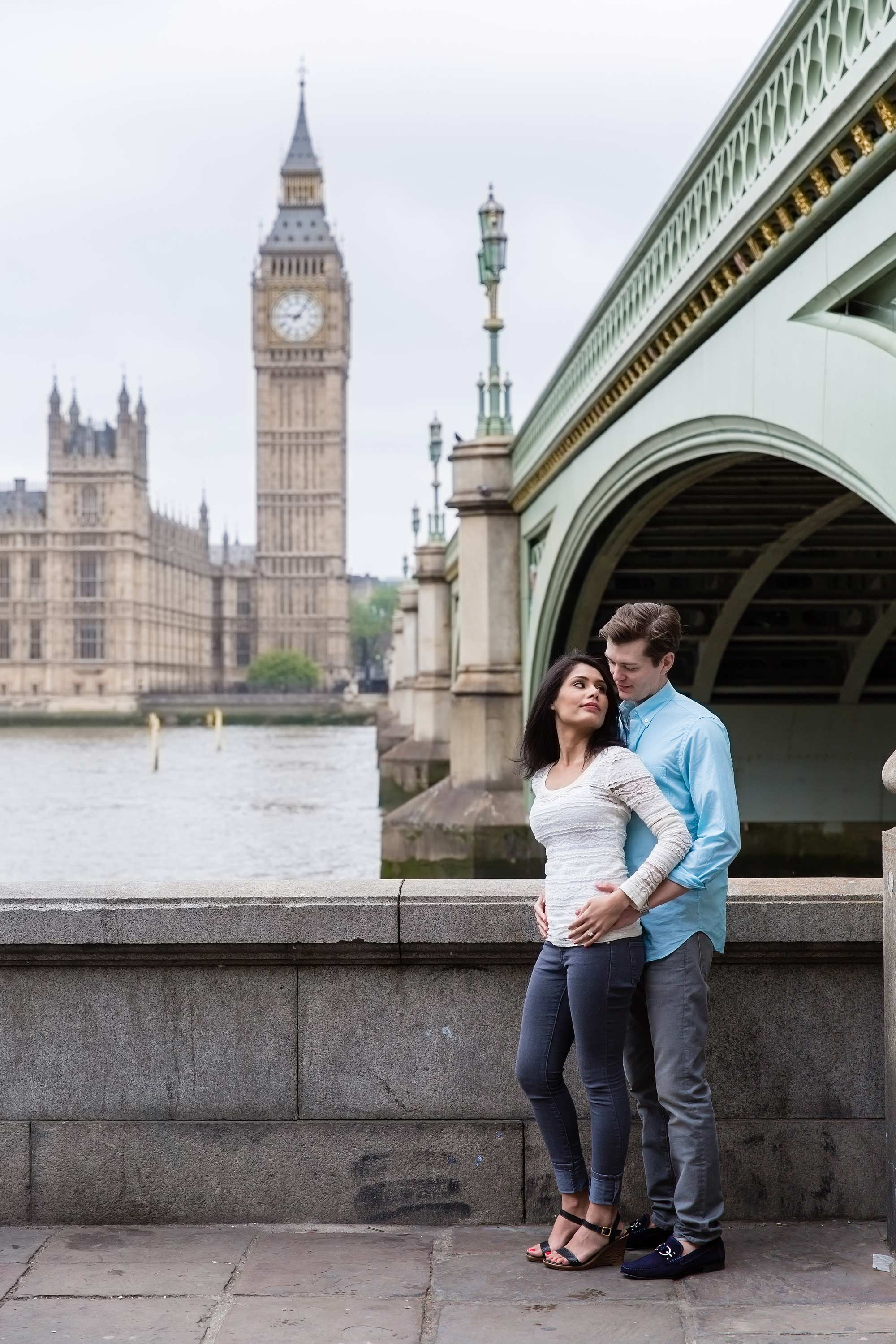 Big Ben in the background of a London engagement Shoot