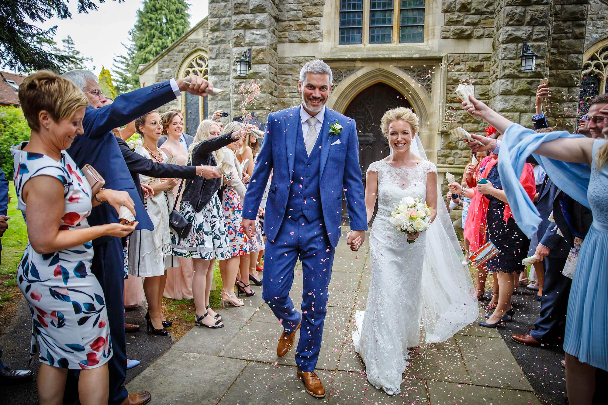 confetti shot Hedsor House Wedding