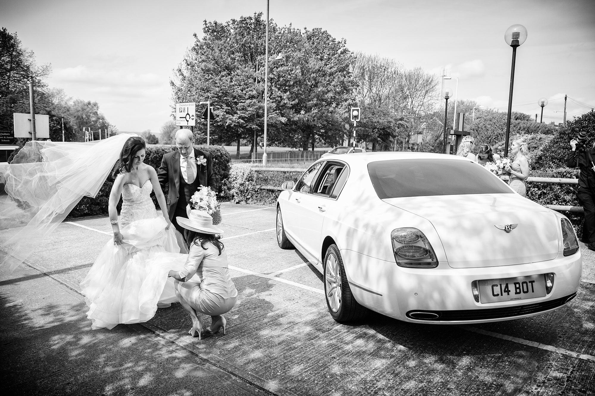 bride arrives at church