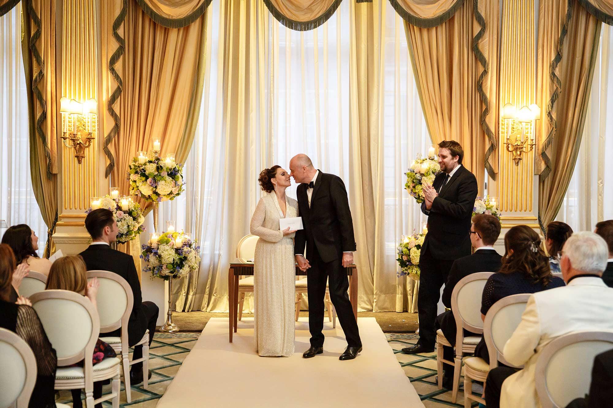 london wedding photographer at claridges
