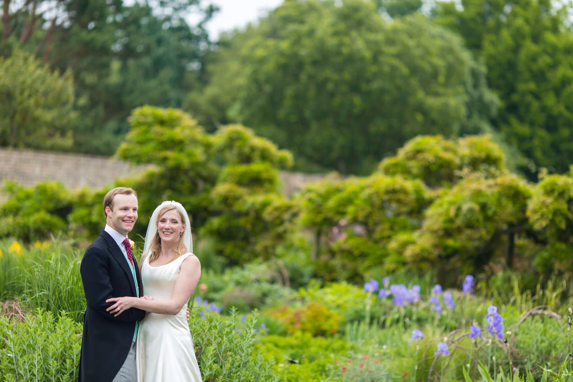 Fulham Palace Wedding walled garden photos