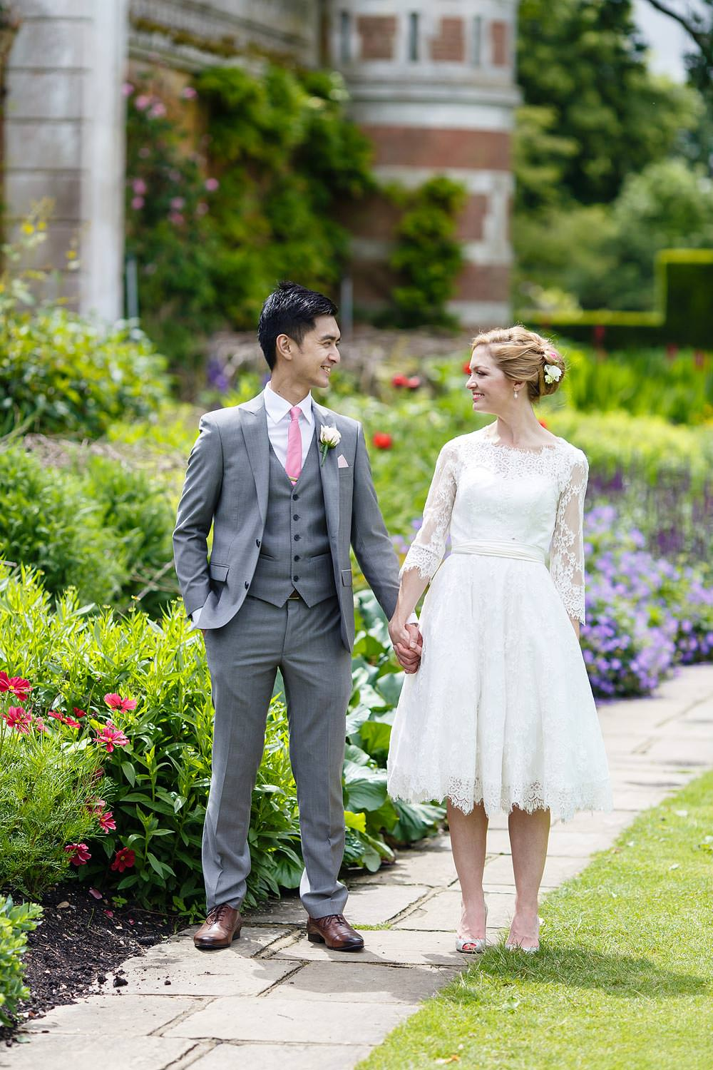Amazing photos at Cliven House, the bride and groom gaze at each other