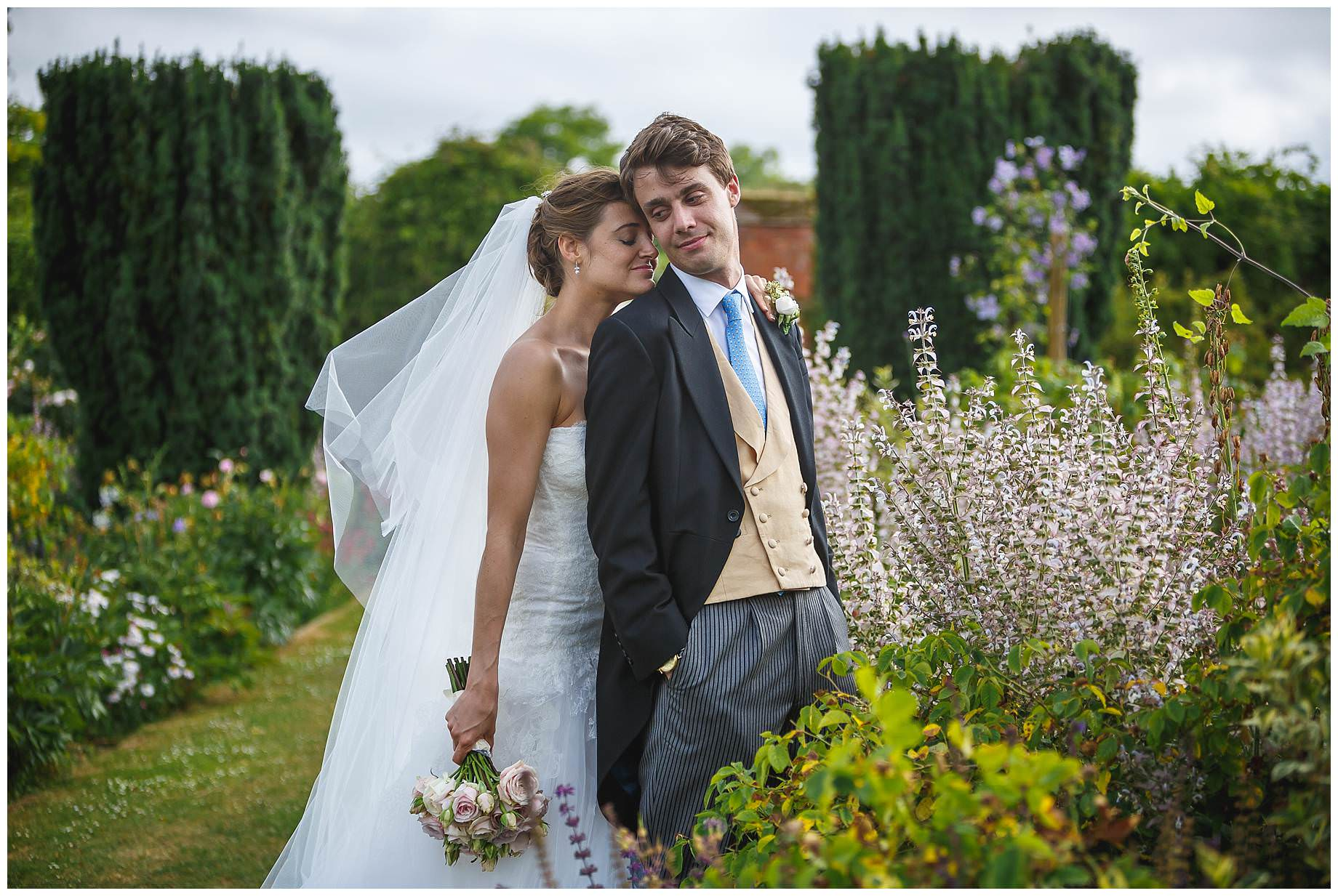 Goodnestone Park Wedding photos