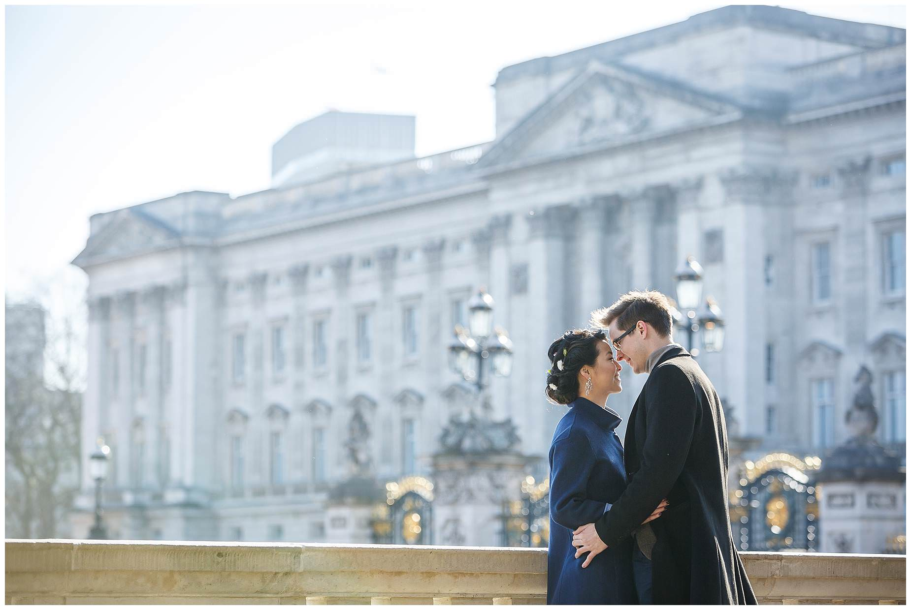 buckingham palace engagement shoot