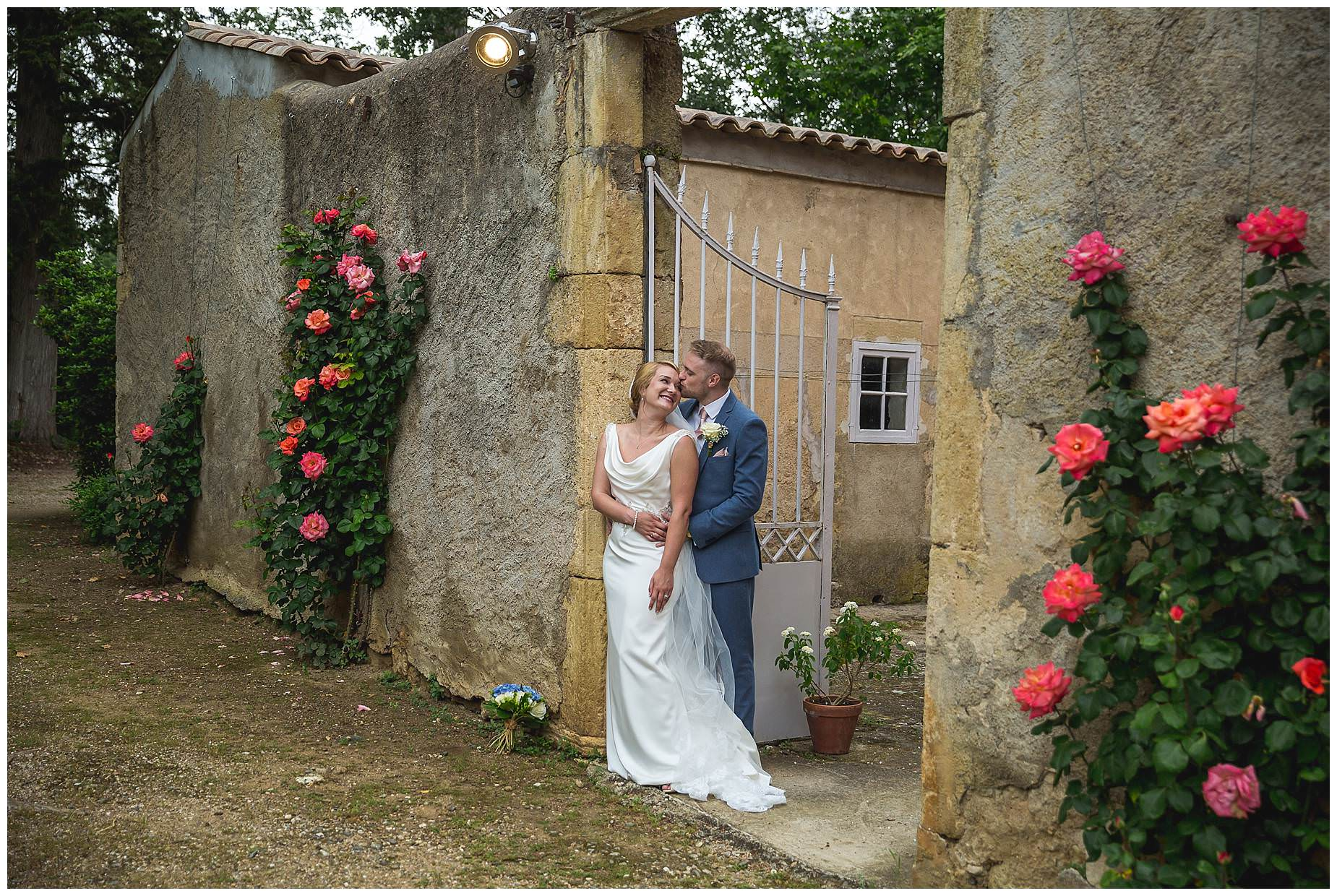 bride and groom pictures Chateau Roquelune Wedding