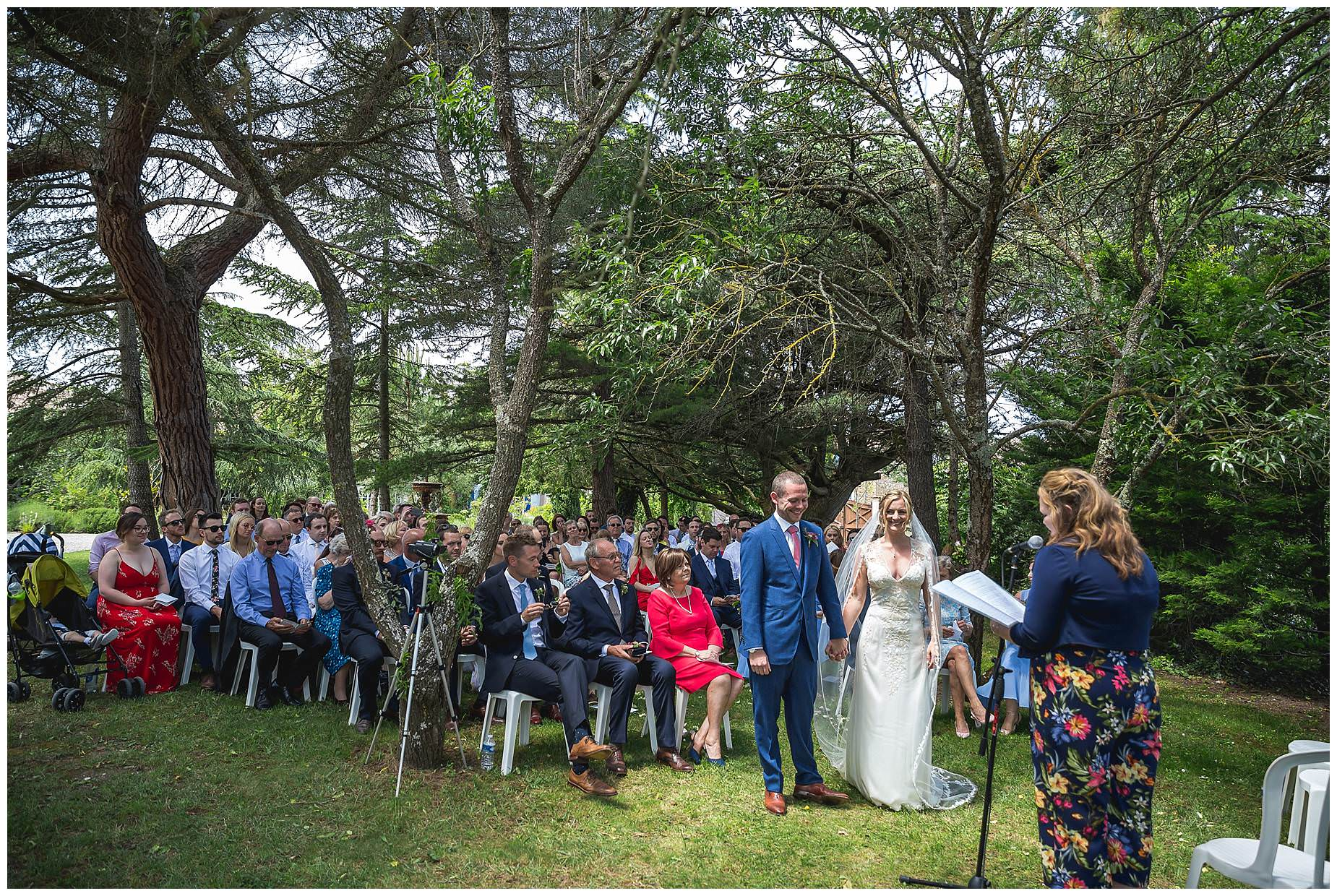 outdoor ceremony at domaine gayda carcassonne