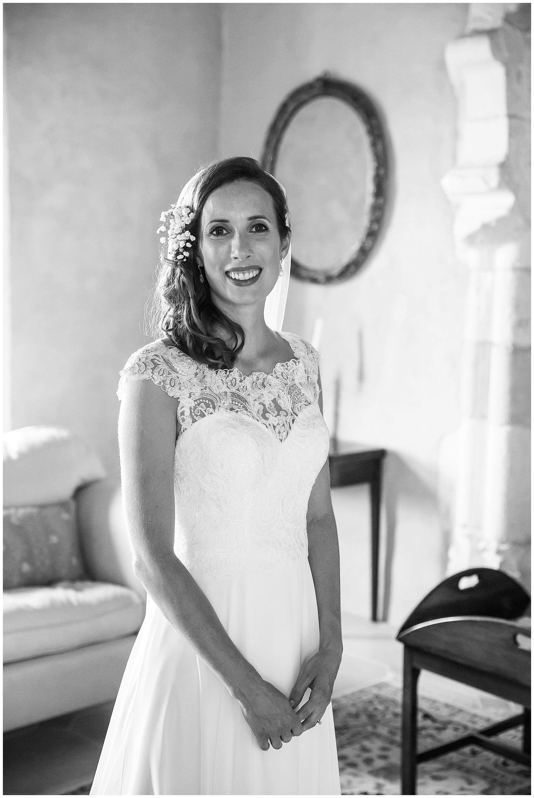 bride at chateau brametourte