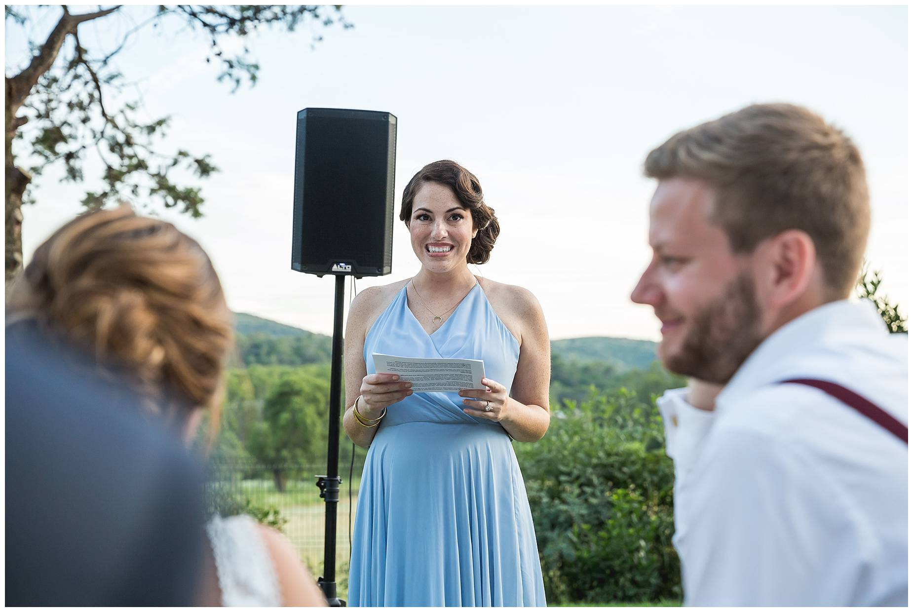 bridesmaid gives speech