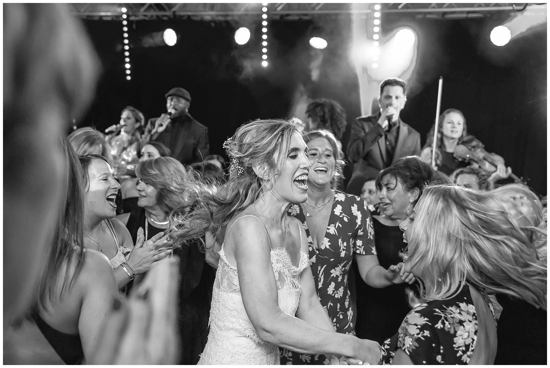 jewish dancing at wedding