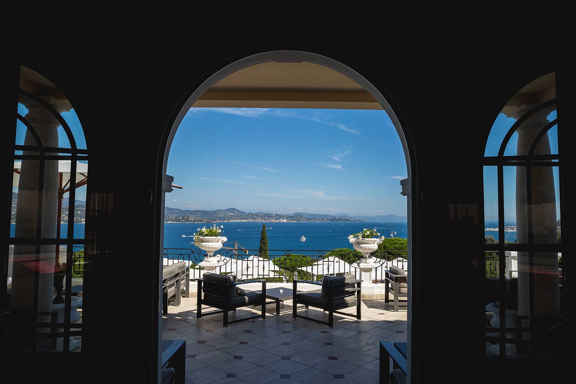 the terrace at Althoff Hotel Villa Belrose