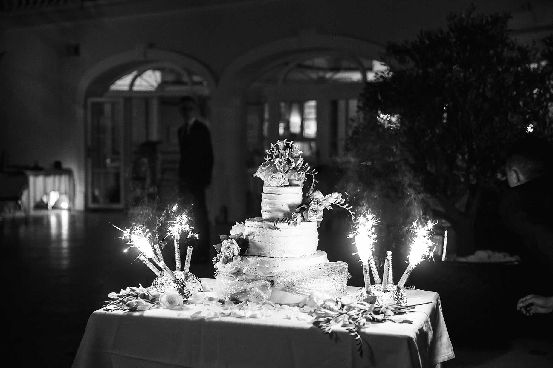 Saint Tropez wedding cake