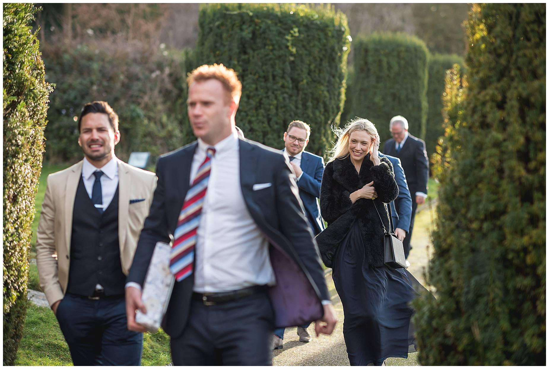 more guest arrive for St Nicholas Hedsor Wedding