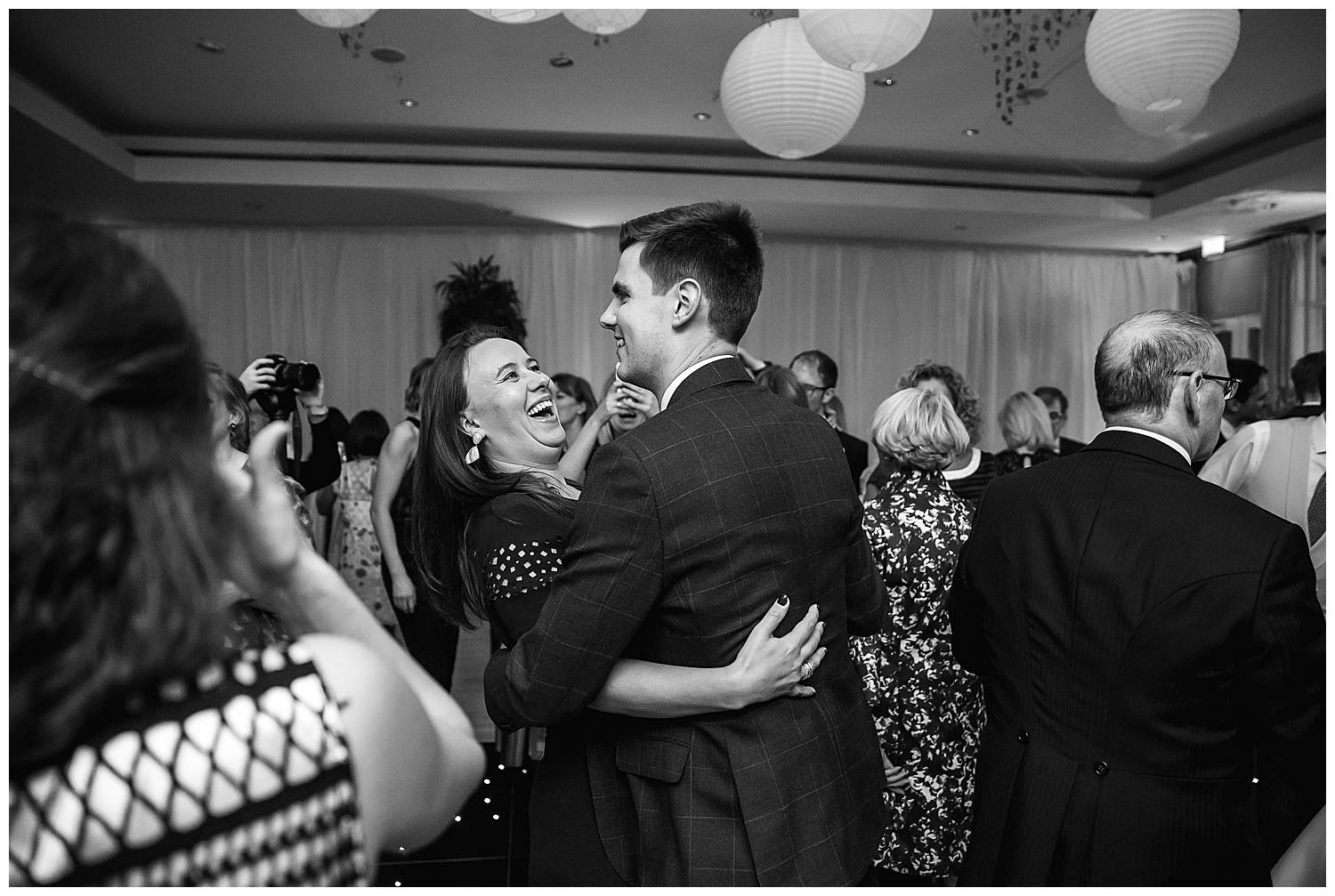 couple dance at Hurlingham Club wedding