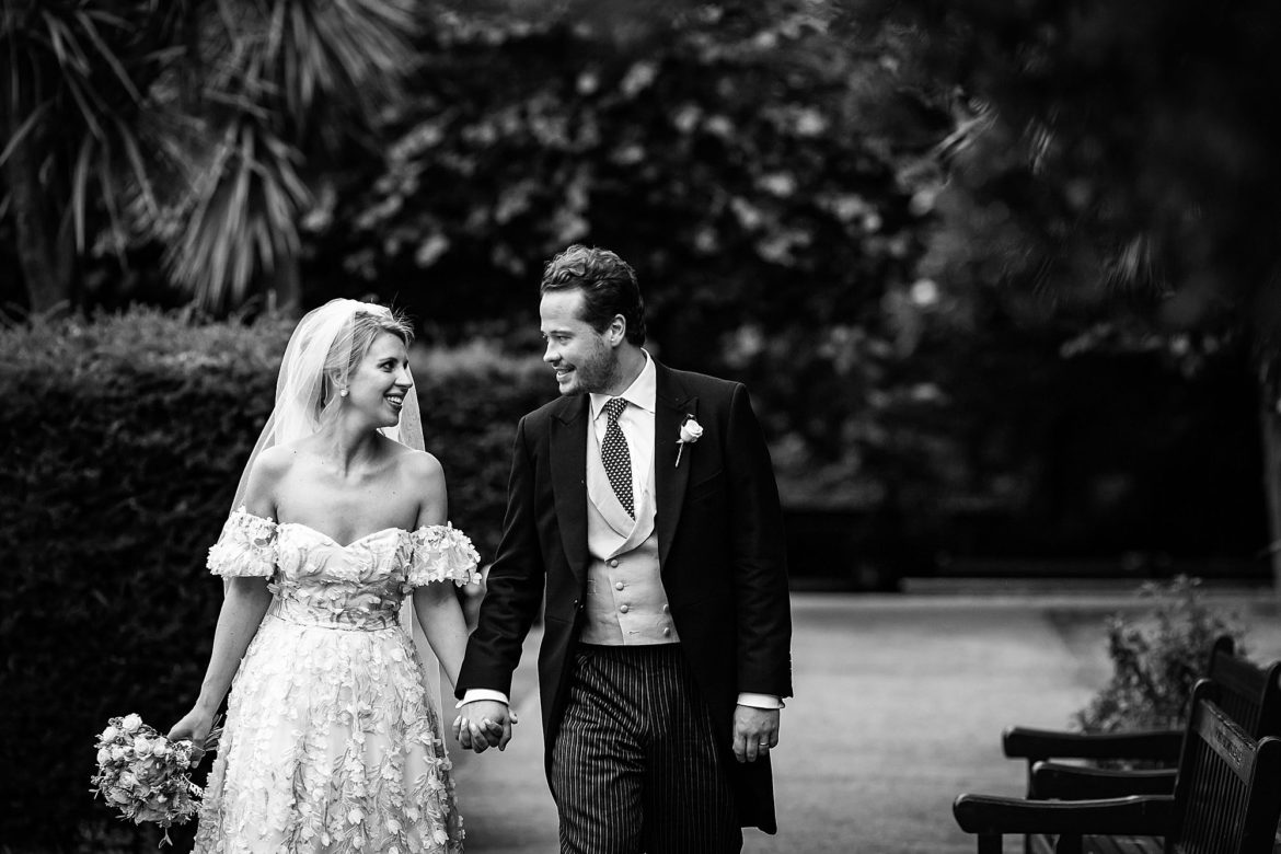 wedding photographer Holland Park